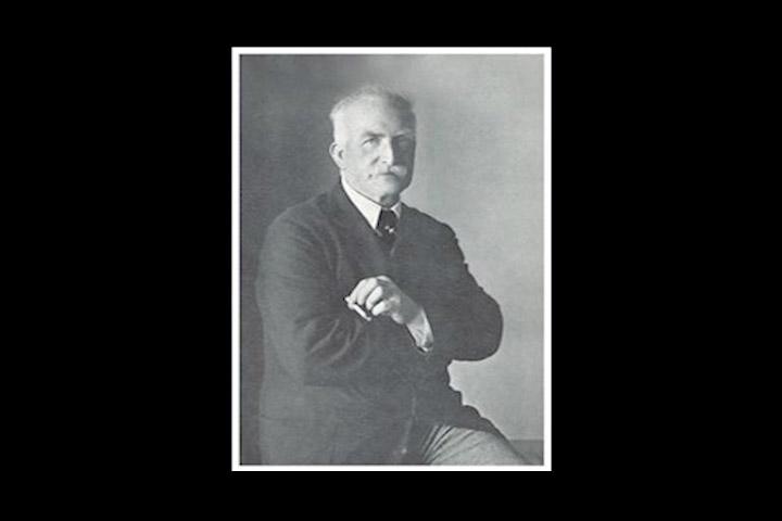 1892. Alexander Grant priprema prvi Digestive keks po tajnom receptu koji se odrzao takvim do današnjih dana